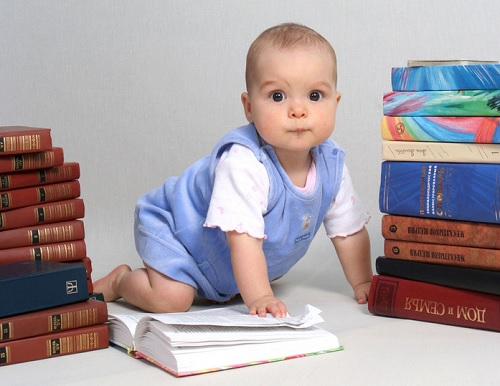 Можно ли прописать ребенка без родителей
